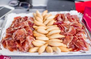 disfruta-jamon-catering-navidad-2015-particulares