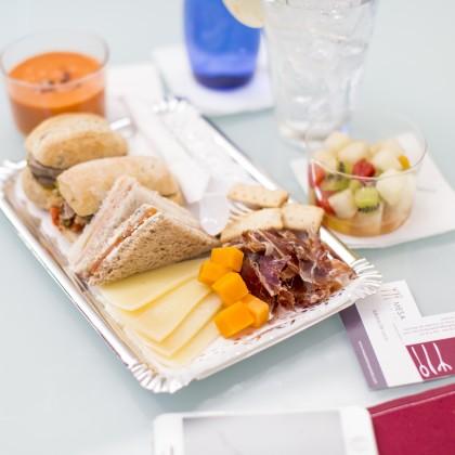 Catering think and eat para empresa mesa de temporada for Menus faciles y sanos